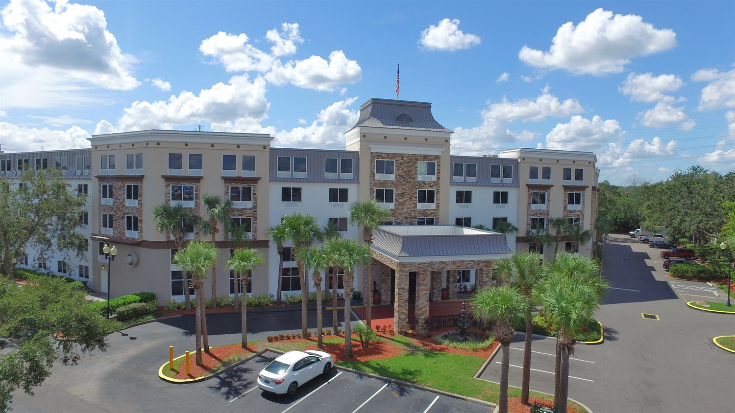 Image of Royale Parc Suites Hotel in Orlando Exterior