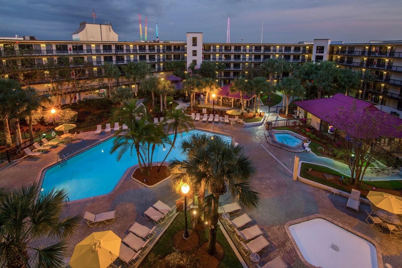 Staybridge Suites Royale Parc Orlando Tropical Pool Area 4