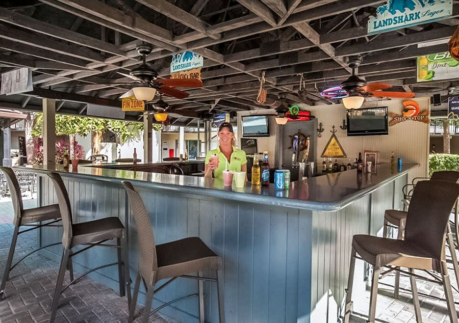 Frenchman's Cove Pool Bar - Staybridge Orlando Royale Parc Suites